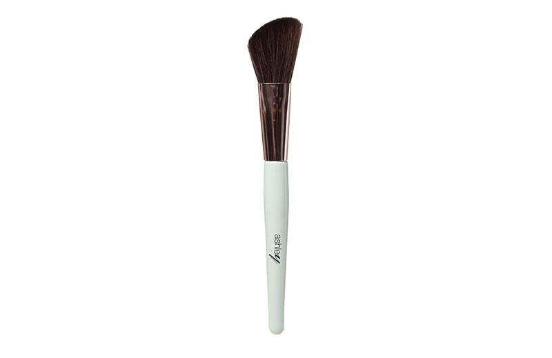 AA-154-03 Ashley Angled Contour Brush
