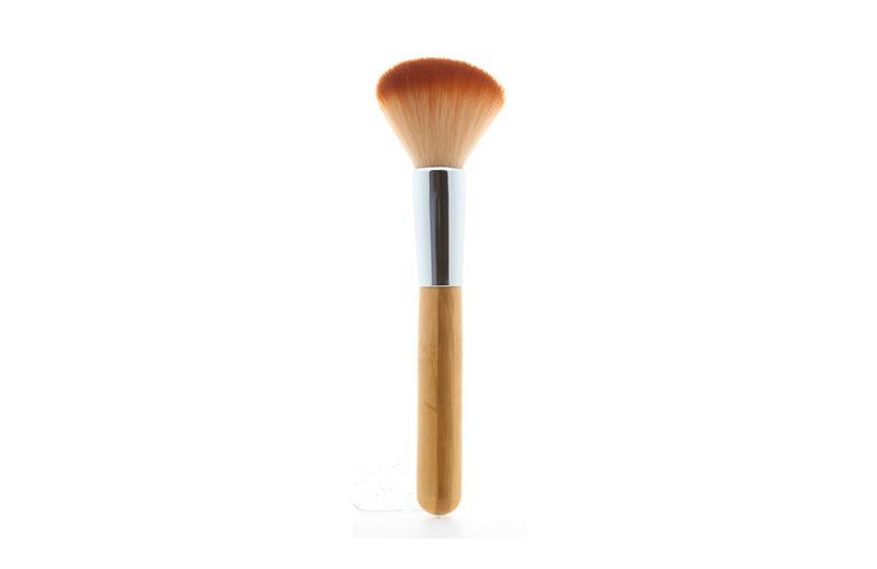 AA-063-09 Ashley Angle Blush Brush
